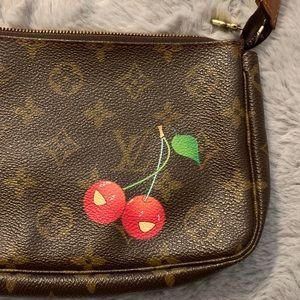 🍒HP🎉 Louis Vuitton x Takashi Murakami Cherry Bag